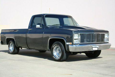1985 GMC Sierra zu verkaufen